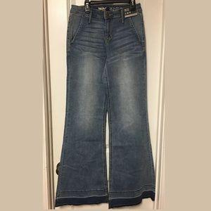 Mossimo High Rise Wide Leg Super Stretch Jeans